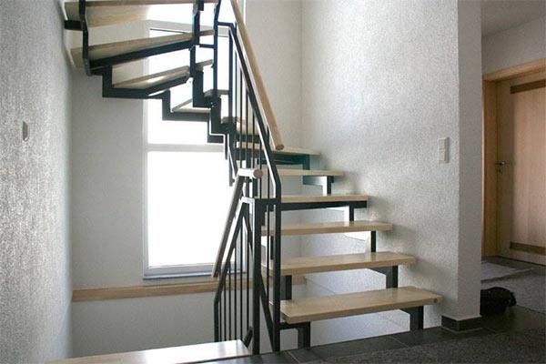 maler und lackierarbeiten innenbereich. Black Bedroom Furniture Sets. Home Design Ideas